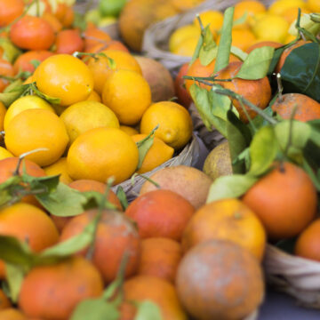 Kauai Farmers market venders offering delivers and pickup